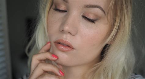1000 ideas about peach eyeshadow on pinterest eyeshadow soft peach makeup look charlotta eve