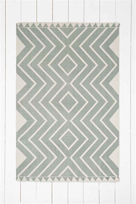 Tapis Outfitters by Tapis Diamante 4x6 Vert Outfitters I N T E R I O