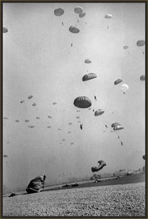 reporting america at war . robert capa . photo gallery   pbs