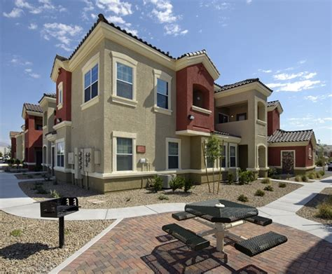 appartments in vegas ravello townhomes las vegas nv apartment finder