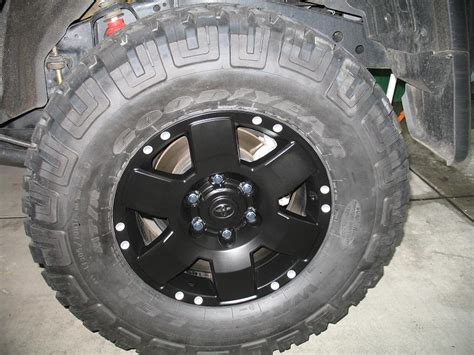 spray paint your rims black how to spray paint rims black spray painting kitchen