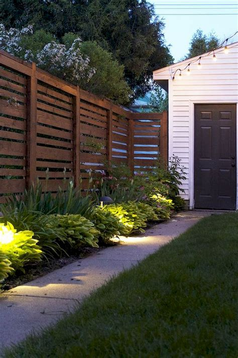 easy and cheap backyard privacy fence ideas 20 wholiving