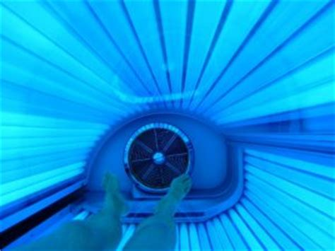 naked in tanning bed tanning tips for men