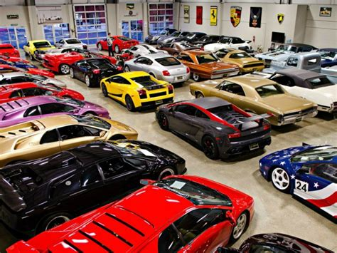 Garage For Cars by Garage For Luxury Cars Wallpapers And Images Wallpapers