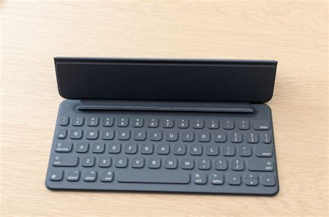Pro Smart Keyboard on with the apple 9 7 inch pro