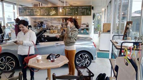 film balap mobil jepang mengintip cafe clbk tempat nongkrong penggemar automotif