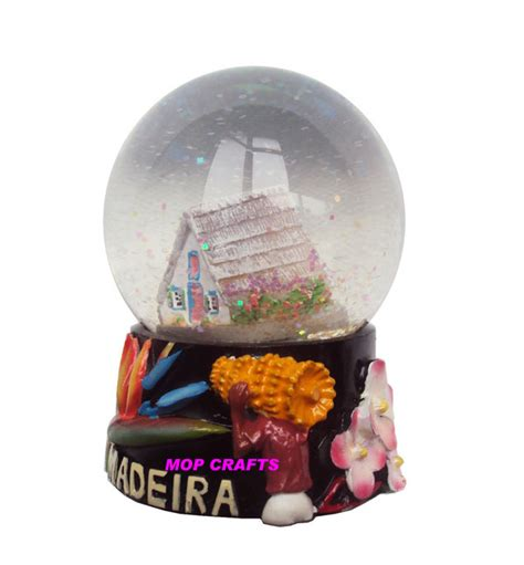 china polyresin madeira snowglobe souvenir resin snow globe photos pictures made in china