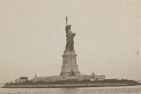 what color is the statue of liberty in pictures the statue of liberty s earliest years