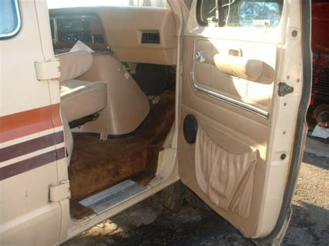 conversion vans with bathrooms purchase used 1984 ford e 150 rv conversion van coachman