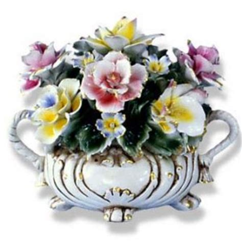 capodimonte small flower centerpiece w two handles