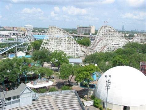 theme park houston astroworld houston tx what a roller coaster been