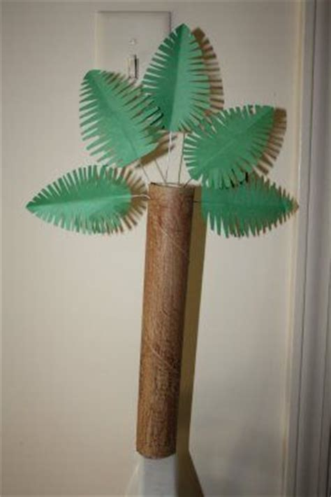 rolled paper palm trees palm tree for palm sunday palm sunday crafts and ideas recycle crafts towels