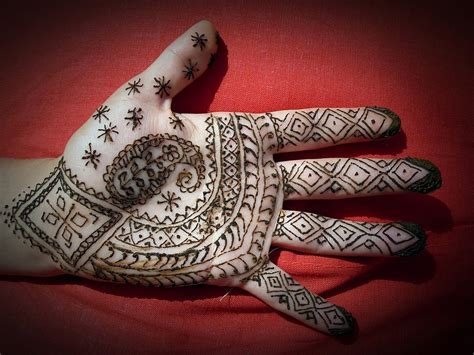 henna tattoo designs on hand tumblr simple henna on