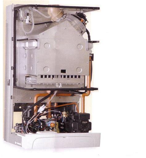 caldaia a stagna differenze tra caldaia tradizionale e caldaia a condensazione