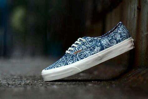 aztec pattern vans shoes shoes vans bandana print pattern nice custom vans