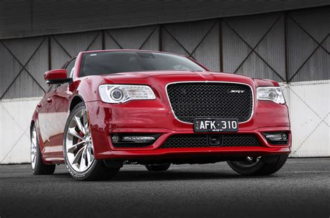 2015 chrysler 300 specs 2015 chrysler 300 srt pricing and specifications photos