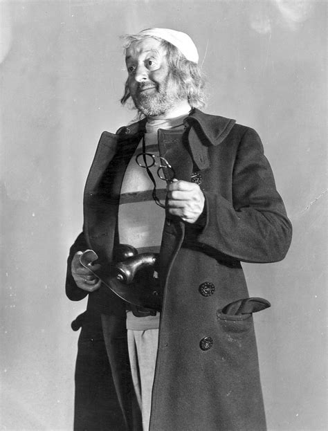 Mr. Smee - Wikipedia
