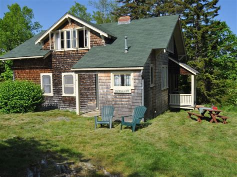 Maine Cottage by The Bungalow Classic Maine Cottage Homeaway Bailey