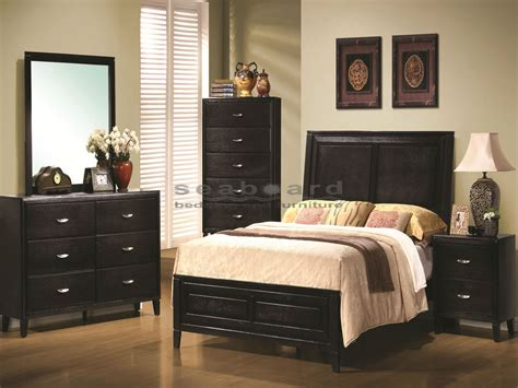 bedroom set queen nacey black walnut 6 piece queen bedroom set
