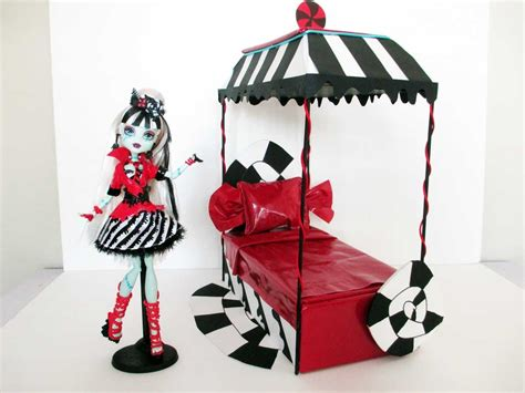 how to make a monster high bed how to make a frankie sweet screams doll bed tutorial