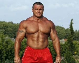 strongest man bench press mariusz pudzianowski bench press