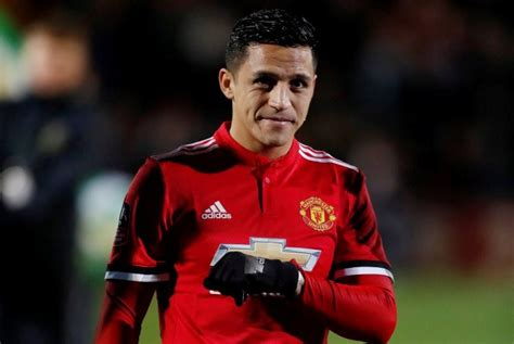 alexis sanchez to manchester united laga perdana bersama manchester united sanchez tuai