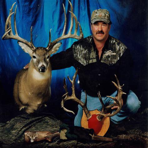 buck the the buck 88 9 ketr