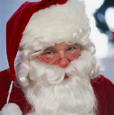 imagenes de santa claus en verdad la navidad y sus tradiciones pap 225 noel famvin noticiases