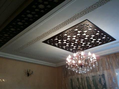 Plafond Marocain by Faux Plafond En Bois Marocain Decoration Plafond