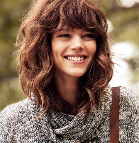 beste mittlere gewellte frisuren  trend frisuren stil
