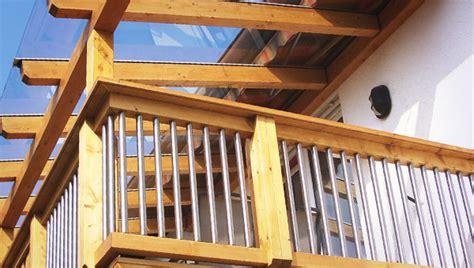 balkongeländer edelstahl holz balkon aus holz und edelstahl bvrao