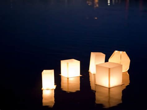 A Lantern Out Of Paper - how to make a floating lotus paper lantern