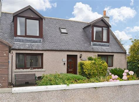 Cottage Finder by Seashell Cottage In Fishertown Near Nairn Morayshire
