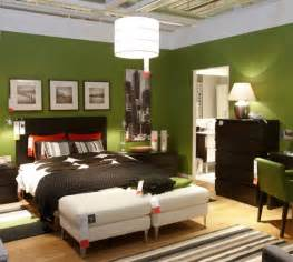 Green Master Bedroom Paint Ideas Tonalit 224 Di Verde Per Dipingere Le Pareti