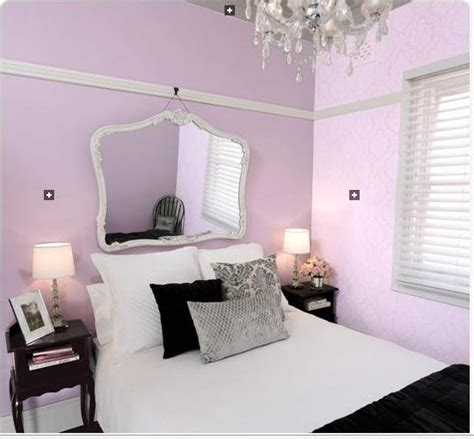 black and white shabby chic bedroom black white and lilac bedrooms shabby chic saturday lilac affair beach house