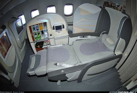 boeing 777 300er business class seats emirates jet airline boeing 777 interiors
