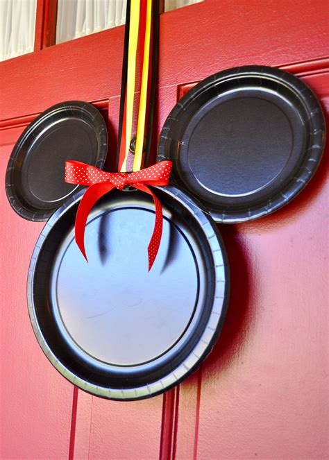 Mickey Mouse Door by Mickey Mouse Door Decoration Pictures To Pin On