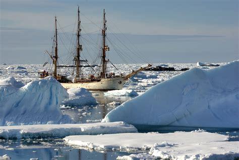 ice trap shackletons incredible 0711217440 earnest shackleton a lesson in endurance multiplication com