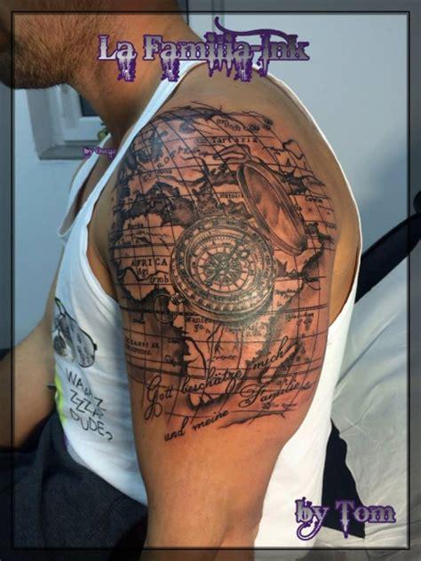 tattoo compass mit karte lafamilia ink weltkarte kompass tattoos von tattoo