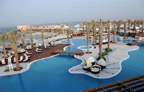 Riffa Top 5 exciting places to in bahrain panama invest