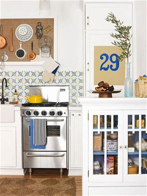the ultimate cook s kitchen form function and aesthetics 17 best ideas about small kitchen makeovers on pinterest