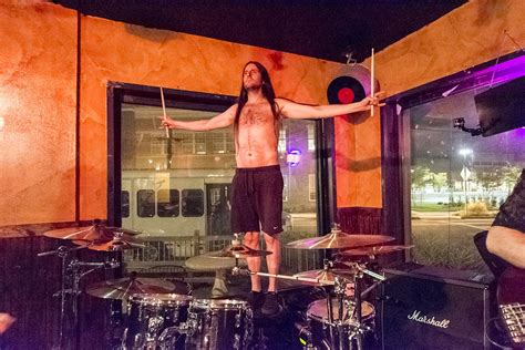 norfolk tap room ikillya at the norfolk taphouse in norfolk va on 28 aug 2015 national rock review