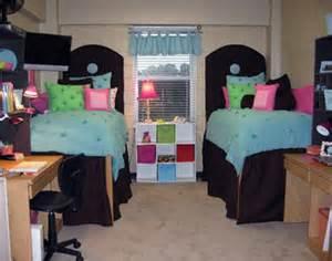 dorm room bed risers ask a south florida expert essentials when dorm shopping