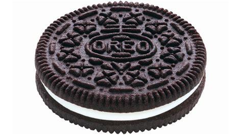 oreo cookies the world s cookie oreo celebrates 100 years of twisting