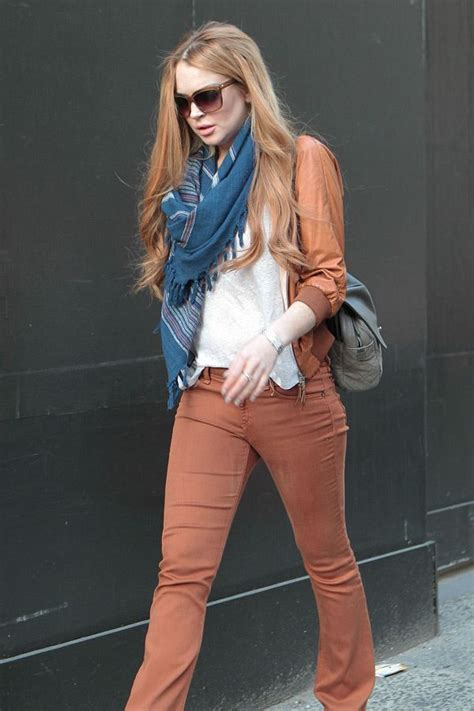 Lindsay Lohan Menuous by Lindsay Lohan Shopping In De Montparnasse Leather