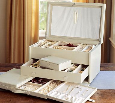 leather jewelry armoire best 25 leather jewelry box ideas on pinterest diy crafts jewelry box diy projects