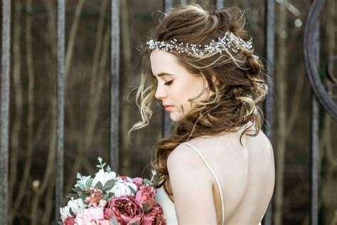 10 easy bridesmaid hairstyles for hair meraki