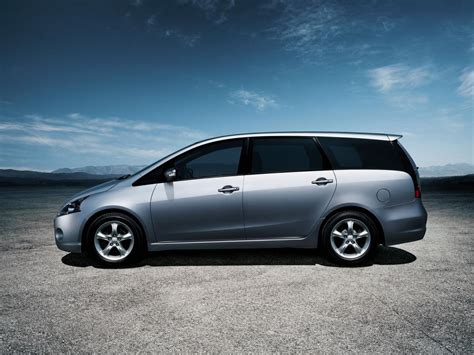 mitsubishi grandis mitsubishi grandis technical specifications and fuel economy
