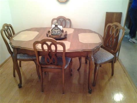 dining room set includes table 42x58 1 leaf 12 inches 4