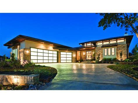 contemporary prairie with daylight basement 69105am prairie style house plans best prairie style home designs